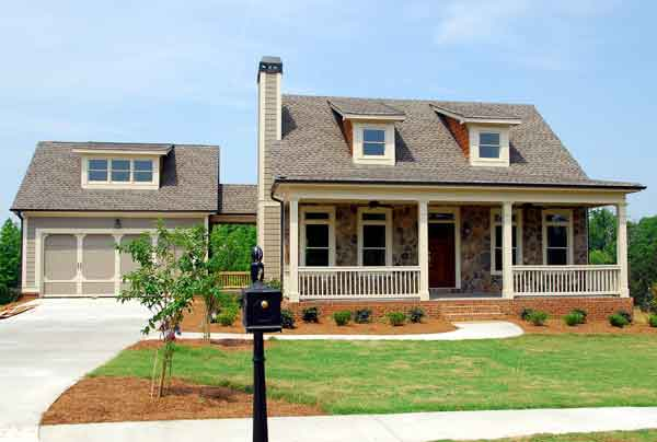 We buy houses and all residential properties in the Charlotte metro area in any condition with cash.